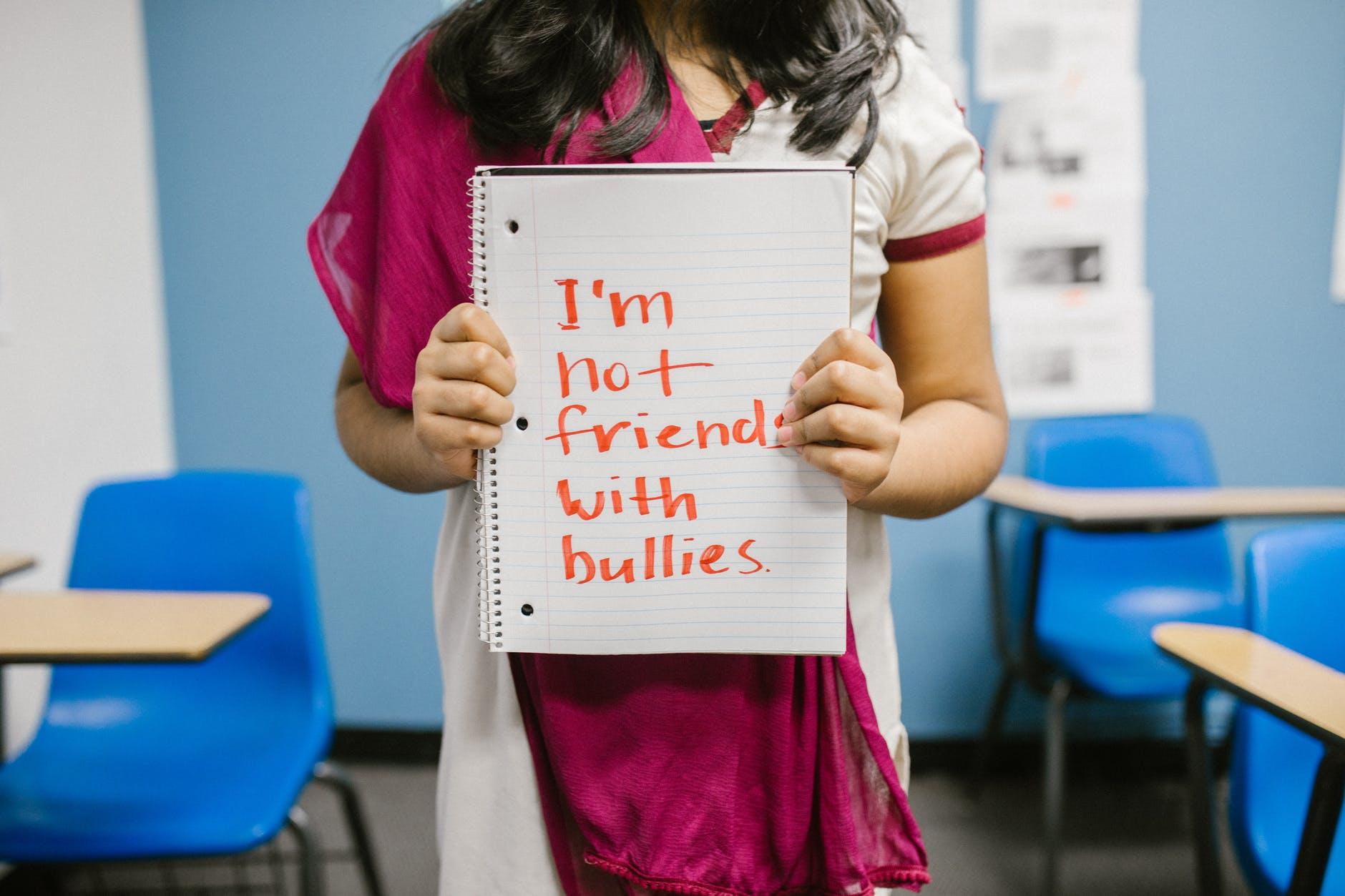 BULLYING-ul și PROBLEMELE ADOLESCENȚEI